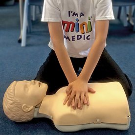 mini medic training at Fife medical group michael braid uk wide training